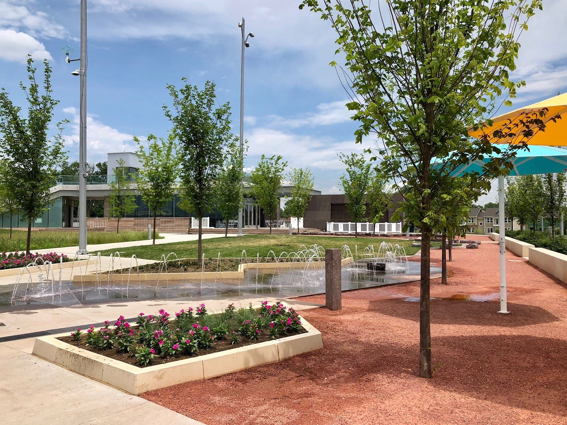 Rivers Edge Park COuncil Bluffs Splash Pad 2